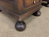 Good Carved Oak Pedestal Desk (13 of 18)