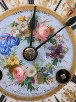 19th Century Ormolu & Painted Porcelain Striking 8-day Mantel Clock (7 of 7)