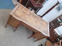 Edwardian Leather Top Desk (4 of 7)