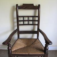 Ash Spindle-back Carver Chair (3 of 5)