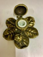 Victorian Brass Leaf & Nut Novelty Inkwell c.1900 (6 of 7)