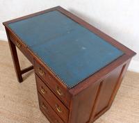 Edwardian Oak Pedestal Writing Desk (10 of 12)