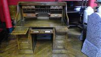 Oak Roll-top Desk (4 of 6)