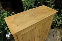 Fantastic Old Pine 2 Door Cupboard with Shelves - Linen/ Larder/ Storage / Food (6 of 10)