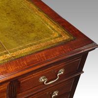 Edwardian mahogany large pedestal desk (13 of 14)