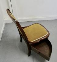 Charming Little Chair with Knitting Wool Drawer (6 of 7)