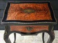 Fine Quality 19th Century French Ebonised & Amboyna Serpentine Sewing Table (4 of 22)