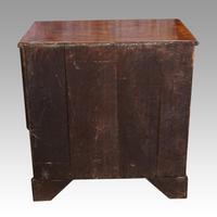 George III Walnut Kneehole Desk (9 of 12)