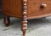 Fine Quality, Georgian Mahogany Bow Fronted Chest of Drawers (3 of 16)