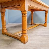 """""""h"""" Stretcher Pine Kitchen Table (3 of 8)"""