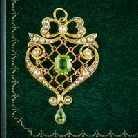 Antique Edwardian Suffragette Pendant Peridot Pearl Ruby 15ct Gold c. 1910 (5 of 6)