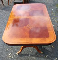 1960's Mahogany Pull Out Table with Set of 6 Dining Chairs.4+2 Carvers (10 of 14)