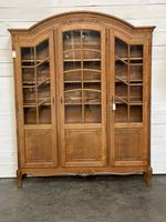 French 3 Door Oak Bookcase or Cabinet (3 of 15)