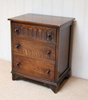 Small Proportioned Oak Chest of Drawers (7 of 10)
