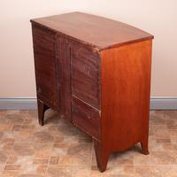 19th Century Mahogany Bow Fronted Chest of Drawers (8 of 15)