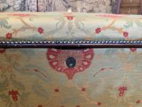 Superb Country House Ottoman (8 of 8)