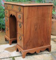 Early 18th Century Walnut Kneehole Desk (2 of 10)