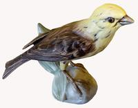 A Porcelain figure of a Yellowhammer by Goebel of Germany (3 of 5)