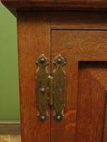 Antique Oak Continental Cupboard with Drawer for TV or Drinks, Lockable (5 of 14)