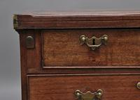 Early 18th Century Mahogany Bachelor's Chest (10 of 12)