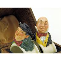 Extremely Rare Pair of Royal Doulton Dickens Napkin Rings in Original Box 1920 (6 of 8)