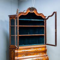 Marquetry Bombe Fronted Display Cabinet (8 of 14)