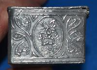 C18th pewter snuff-box (5 of 6)