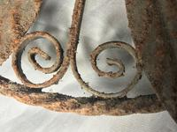 Pair of Rusted Antique 19th Century Spanish Wrought Iron Wall Roundels Sculptures (5 of 12)