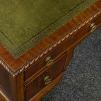 Chippendale Style Mahogany Desk (5 of 8)