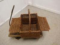 Large Wicker Picnic Basket (2 of 4)