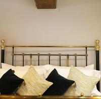 Highly Decorative Cast Iron Antique Bed in Black (9 of 9)