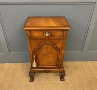 Queen Anne Style Burr Walnut Bedside Cupboard (2 of 10)