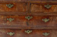 18th Century Queen Anne Chest of Drawers (4 of 5)