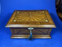 19th century French Walnut Inlaid Jewellery Box. (5 of 16)