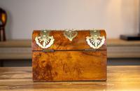 Figured Walnut & Brass Tea Caddy 1880 (4 of 12)