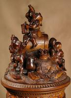 An Exceptional Very Fine Carved Lime Wood Black Forest Museum Quality Humidor / (17 of 20)