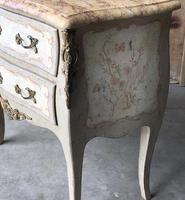 Pretty French Commode Chest (3 of 14)