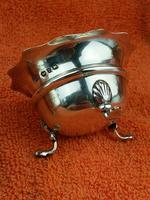 Pair of Sterling Silver Hallmarked Salt Cellar Pot with Blue Glass Liner (7 of 10)