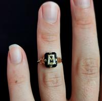 Antique Victorian Mourning Ring, Initial M, Onyx and 9ct Gold (10 of 10)