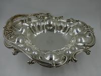 Fine Early Victorian Silver Swing Handle Basket by Benjamin Smith II London 1840 (2 of 10)