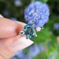 Vintage 18ct Gold Zircon & Diamond Three Stone Trilogy Ring