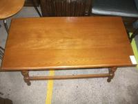 Turned Leg Oak Coffee Table (2 of 3)