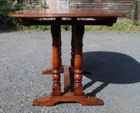 1940s Slim Oak Draw-leaf Table with 1 Leaf (3 of 3)