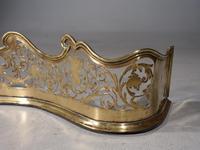 Fine George III Period Serpentine Pierced Brass Fender (5 of 5)