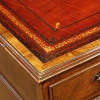 Walnut Pedestal Desk by Waring and Gillow (17 of 18)