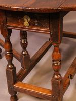 17th Century Gateleg Dining Table c.1680 (8 of 13)
