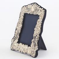 Pierced & Embossed Silver Photograph Frame by Broadway & Co 1906 (8 of 9)