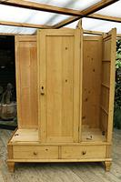 Beautiful Old Pine Triple Knock Down 'Arts & Crafts' Wardrobe  - We Deliver & Assemble! (16 of 18)