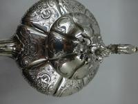 Antique Victorian Silver Teapot  London 1844 Barnard Brothers (5 of 10)
