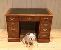 Late 19th Century Burr Walnut Pedestal Desk (6 of 11)
